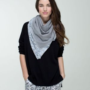 Lululemon Throw Me Over Scarf